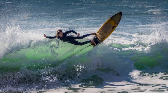 Surfing Liveaboard Meemu